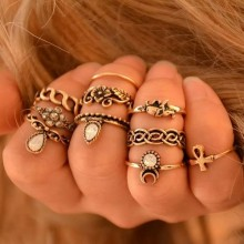 Pantha Knuckle Ring Set - 10 Pieces Gold